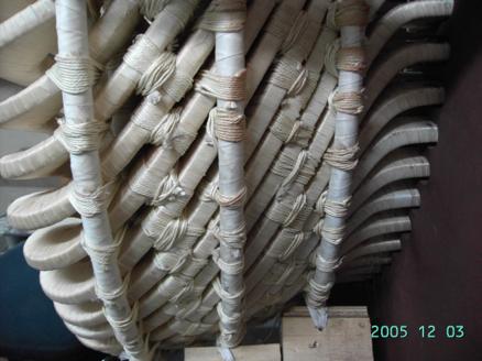 Figura 4. Amarres reforzados diseñados especialmente para bobinas del motor BAA 1A